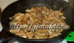 Перец фаршированный рисом и грибами