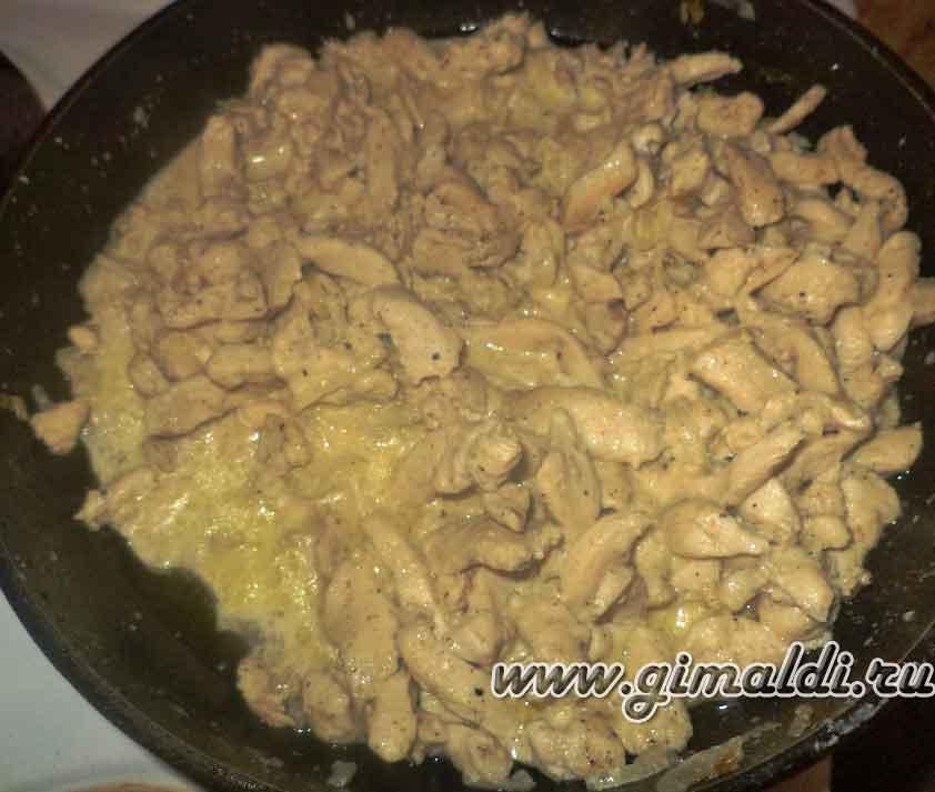 Куриное филе в сметане