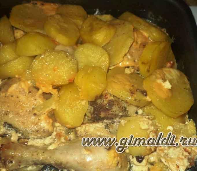Картофель, запеченный с окорочками