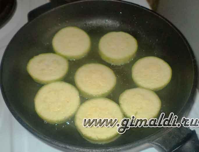 Яичница с кабачками