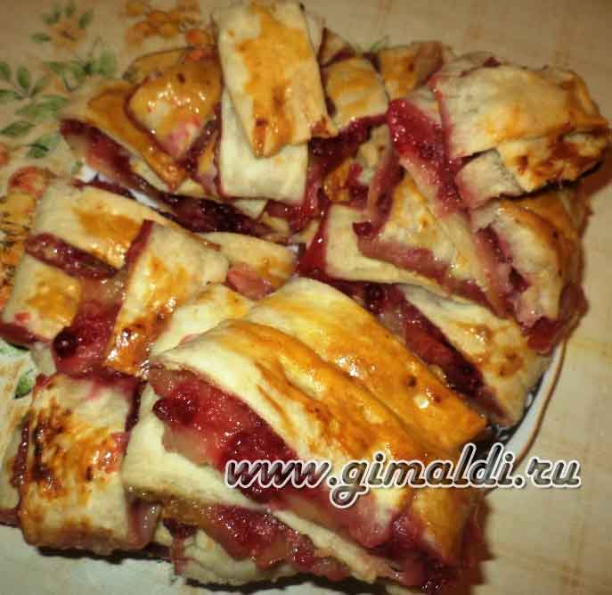 открытый пирог с яблоками плетенка