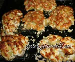 Свинина запеченная с картофелем под сырной корочкой
