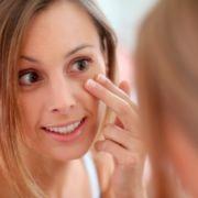 Тёмные круги под глазами - причины и лечение