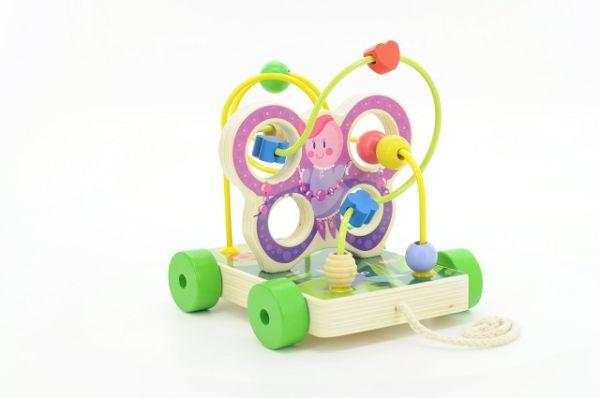 Начало знакомства с развивающими игрушками