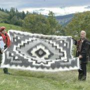 Плед из овчины - достойный карпатский сувенир