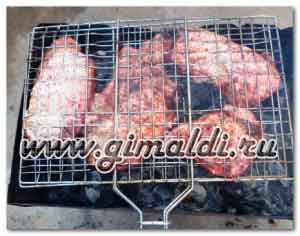 Свиная корейка на решетке