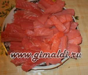 Рулет из лаваша с красной рыбой