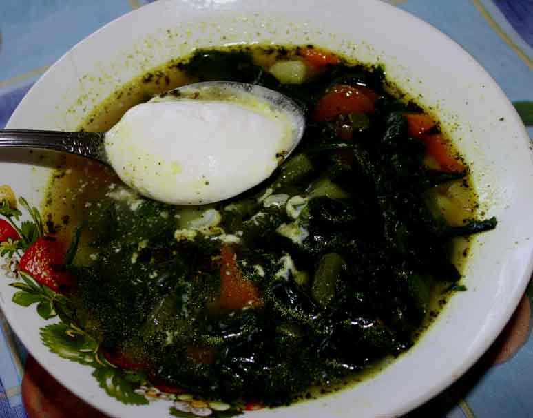 Вегетарианский суп со шпинатом