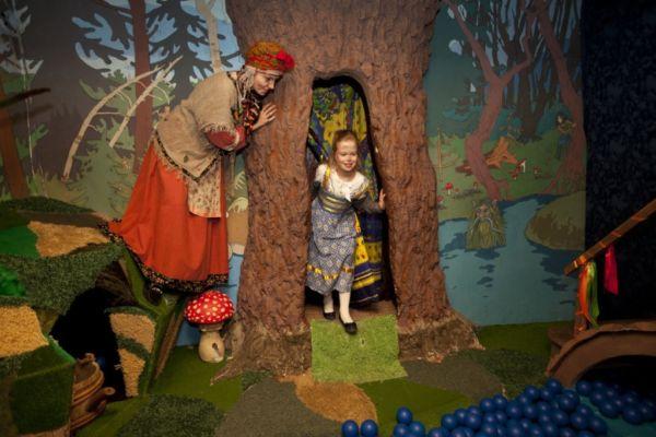 Как привить ребенку любовь к театру?