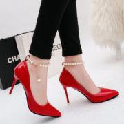 Женские стильные туфли.